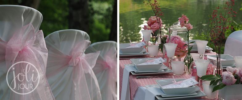 Location-housses-de-chaise-blanches-Poitiers-wedding-planner-Niort-decoration-de-mariage-Tours-fleurs-roses-pales-decoratrice-Angouleme