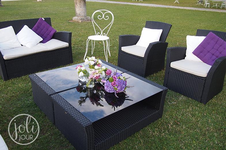 Salon-lounge-espace-detente-mariage-decoration-florale-domaine-du-griffier-niort-poitiers-la-rochelle