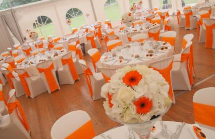 decoration salle mariage orange