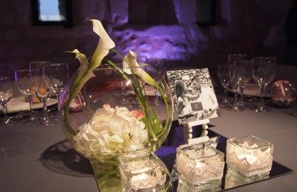 decoration-florale-moderne-gris-blanc-fleuriste-mariage-tours-chatellerault-poitiers