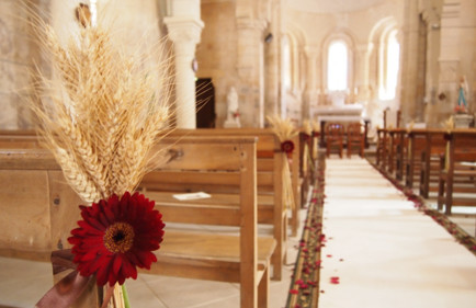 idee-decoration-eglise-mariage-champetre-poitiers-decorateurs