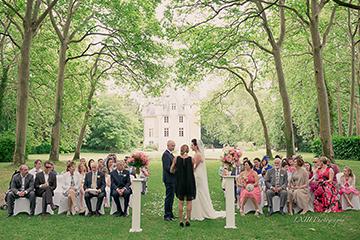 wedding-celebrant-in-france-ceremony-paris-loire-valley-wedding-bordeaux-area