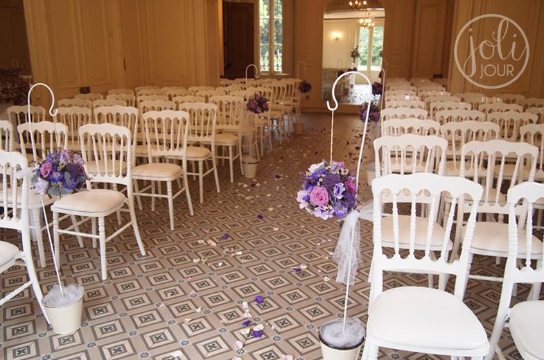decoratrice-de-mariage-ceremonie-laique-engagement-idees-decoration-eglise-violet-mauve-lilas-parme